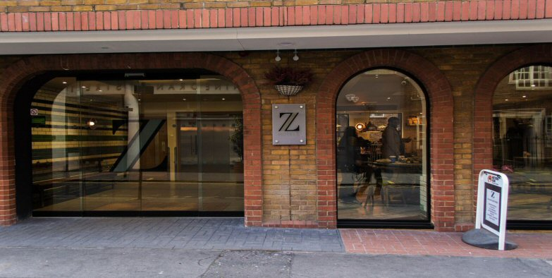 Z  Piccadillly_exterior_web